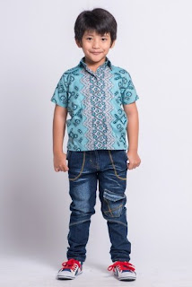 Model baju batik anak laki-laki lucu