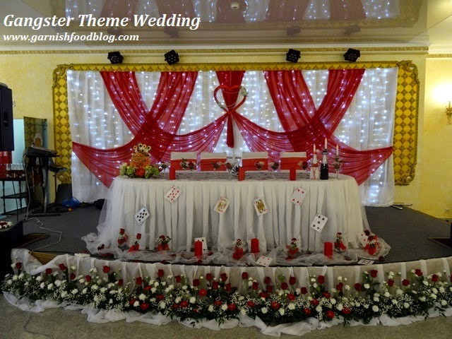 wedding head table decor with fruits