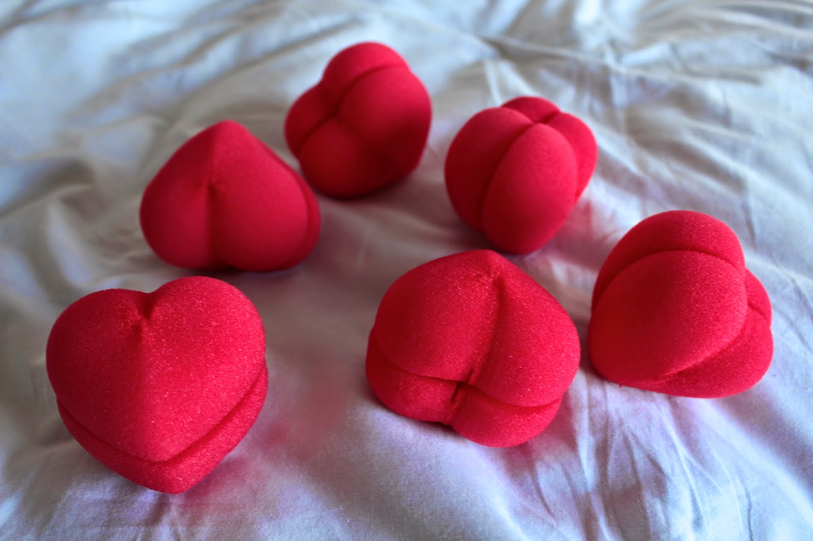 NPW HEART HAIR ROLLERS