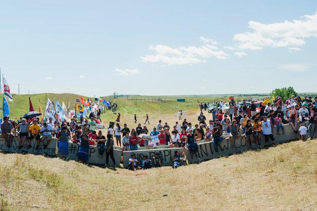 Resultado de imagen para resistencia de pueblos contra oleoducto Dakota Access