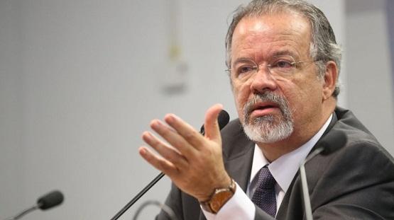 Ministro alerta que há 70 facções atuando no Brasil; todas nasceram nos presídios