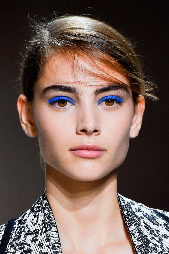 awesome blue shadows to use this fall