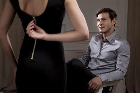 3 Cara Membuat Pasangan Kekasih Wanita Anda Bergairah Dengan Cepat