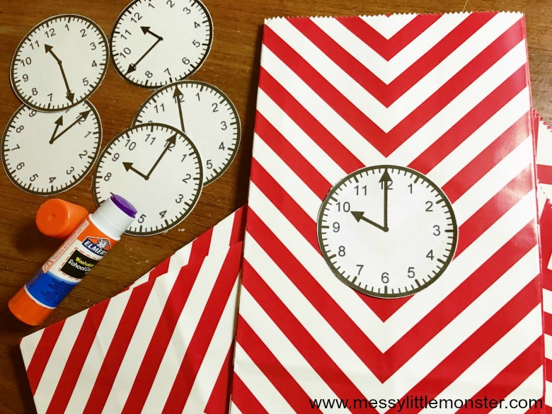 New years crafts for kids. Countdown bags.