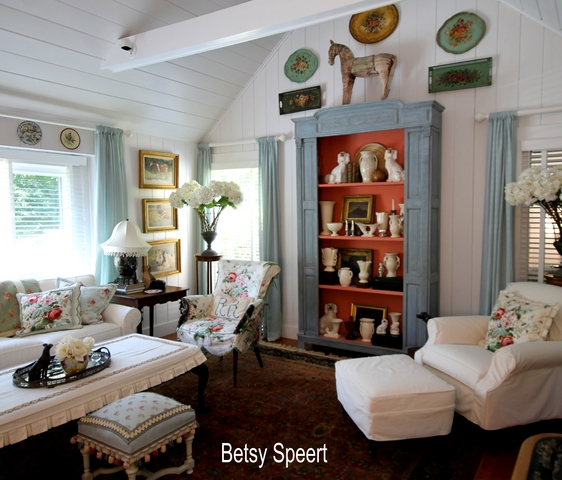 Betsy Speert's Blog: Country Cottage Living Room