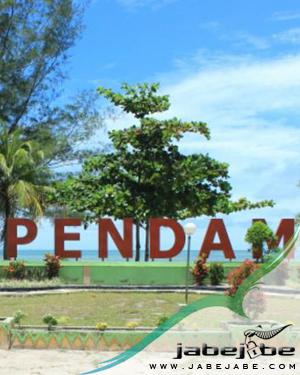 Pantai Tanjungpendam Belitung