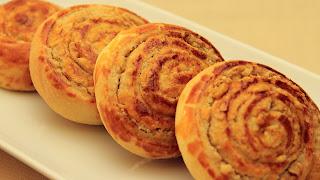 Walnut Bread Rolls (Cevizli Ekmek)