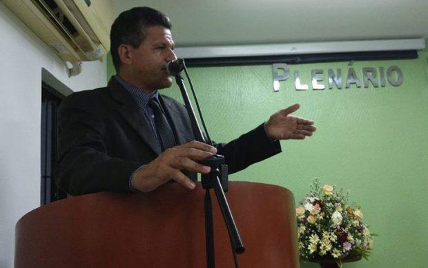 Vereadores de Caaporã anulam eleição que conduzia irmão do prefeito a presidência da câmara