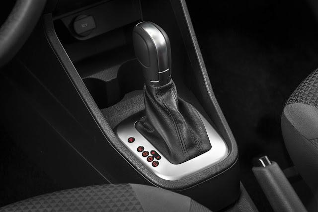 VW Voyage 2019 Automático - AISIN