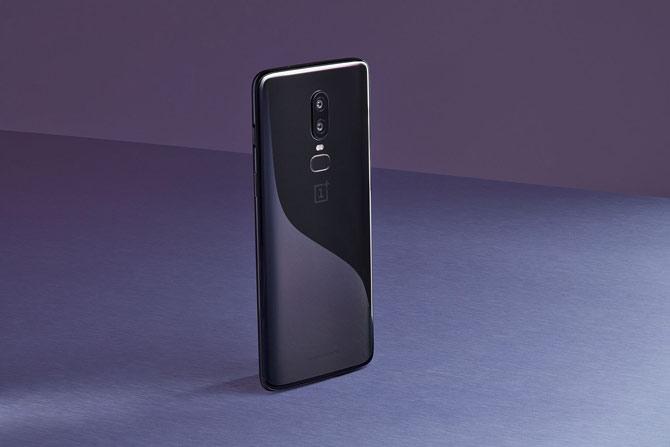 oneplus-6-new-update-ameliore-battery-autonomy