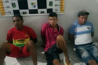Trio é preso por porte ilegal de arma de fogo em Capela
