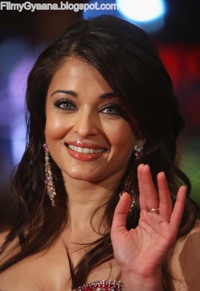 Aishwarya rai bachchan at pink panther movie pic