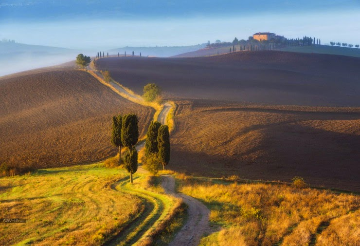 6. Tuscany, Italy - Top 10 Houses in the Middle of Nowhere