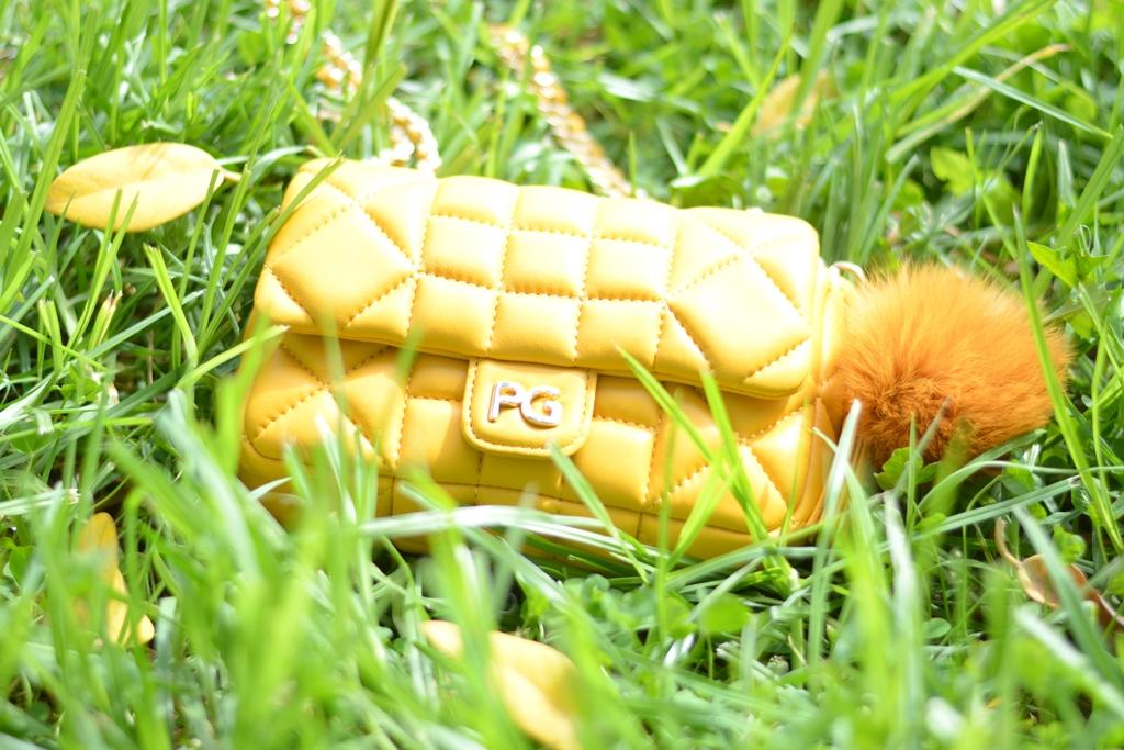 bolso-amarillo-purificacion-garcia
