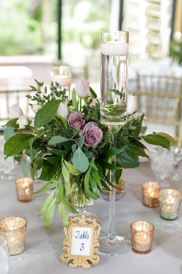 table cards and decor