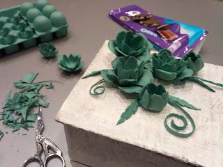 мастер-класс, шкатулка из картона, шкатулка сделай сам, мастерим с детьми, настроение своими руками,  скрап, шкатулка для украшений, красивая шкатулка, картонаж, лоток из под яиц, цветы из яичного лотка
