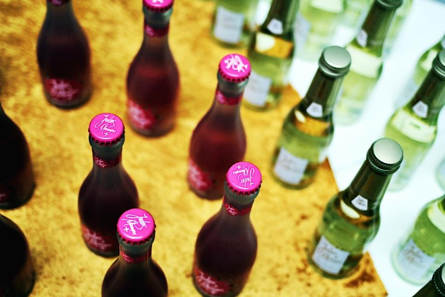 jules mumm bottles