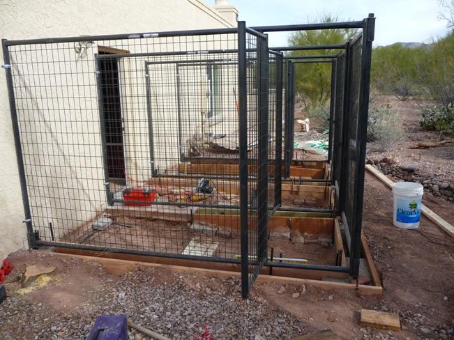 petsafe how to build your own dog kennel or dog run. Black Bedroom Furniture Sets. Home Design Ideas