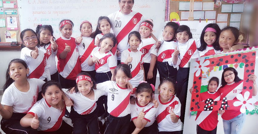 PERÚ Vs. NUEVA ZELANDA: Escolares del «Rosa de Santa María» alientan a la selección peruana