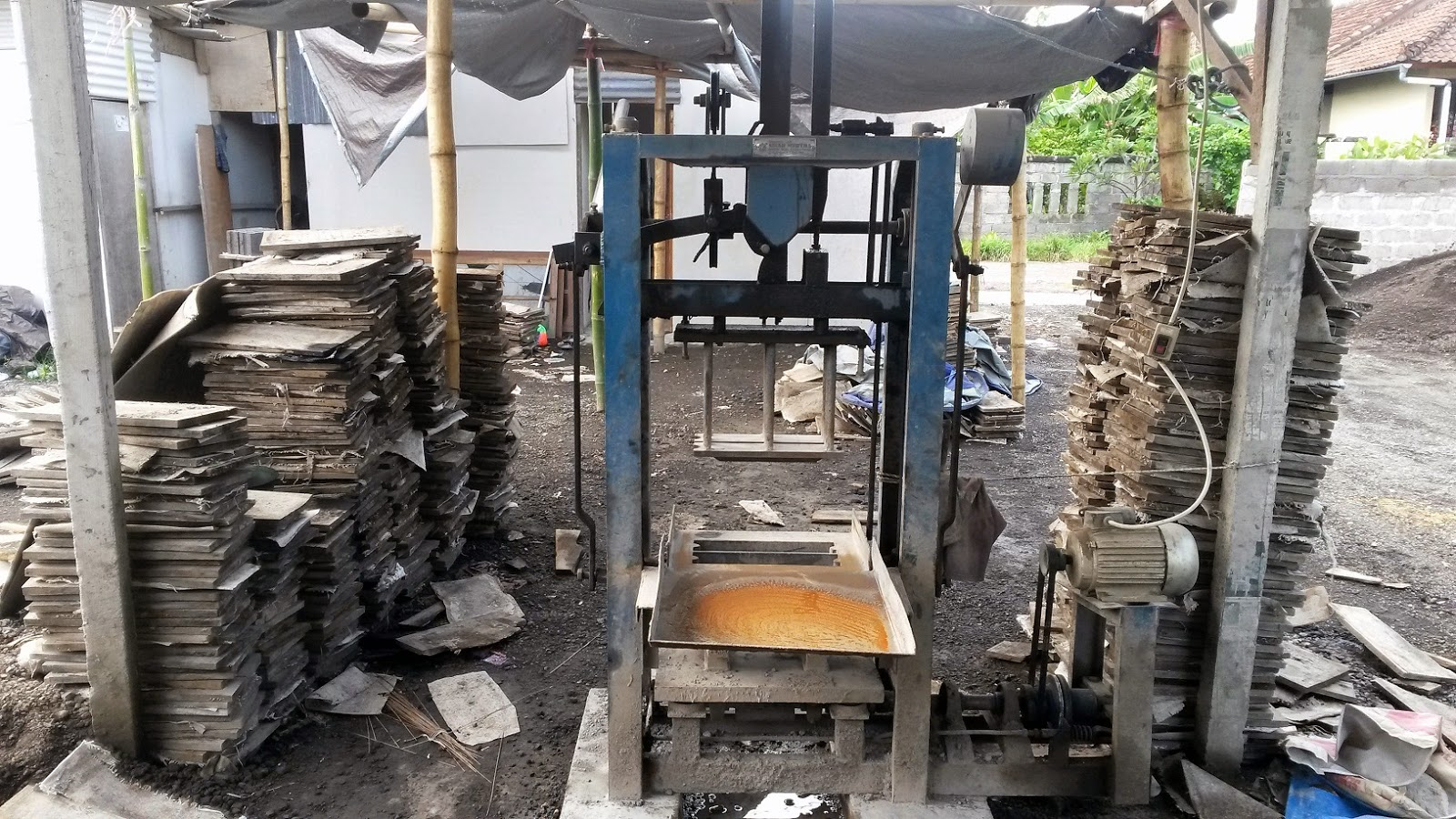Pabrik Batako Denpasar - Batako Jaya