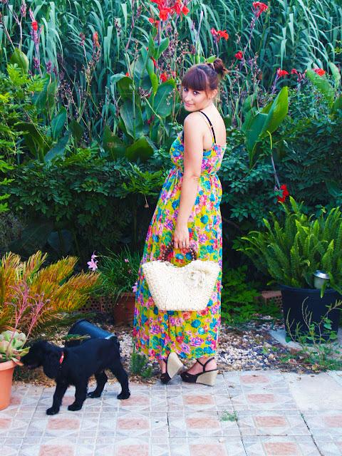 Long dress whit flowers