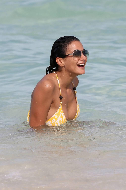 Emmanuelle chriqui bikini candids at miami beach 4