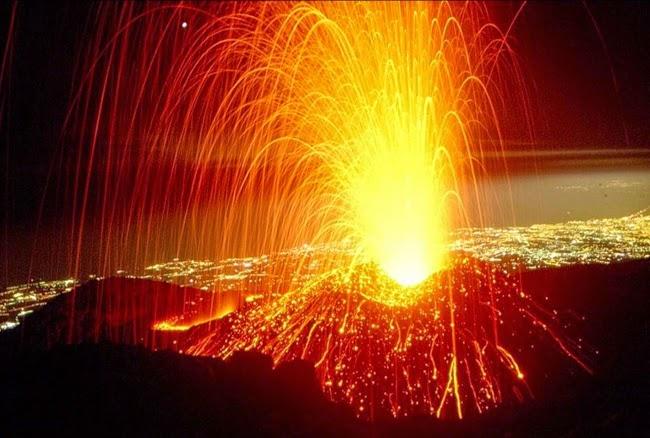 Differenza tra lava e magma for Temperatura lava