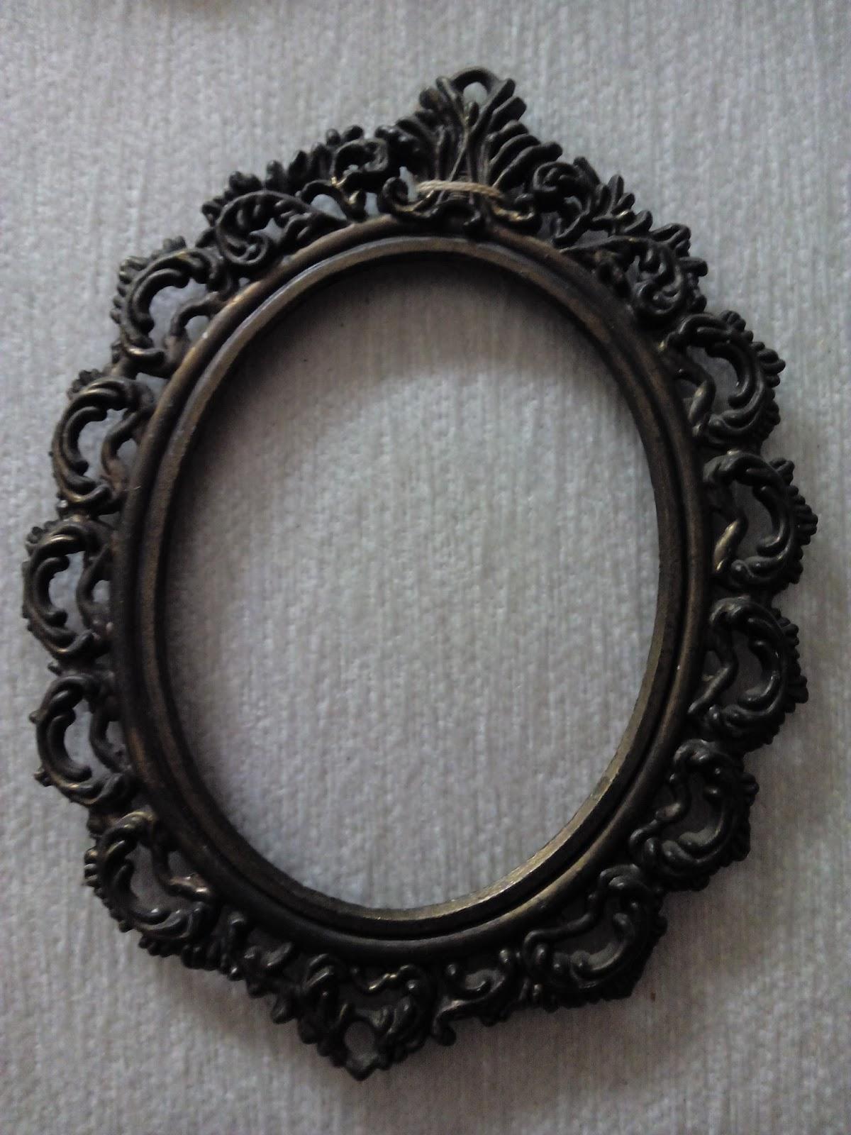 MADERA DE MINDI: Limpieza de marcos antiguos de metal