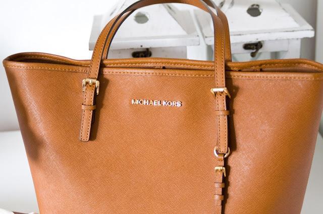 brązowa torebka MK czy warto kupić?