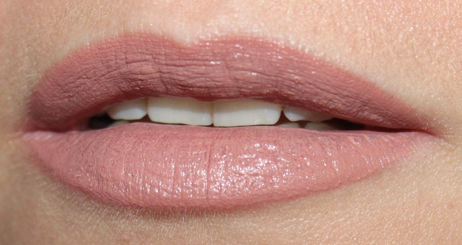 Увеличить губы в 18 лет