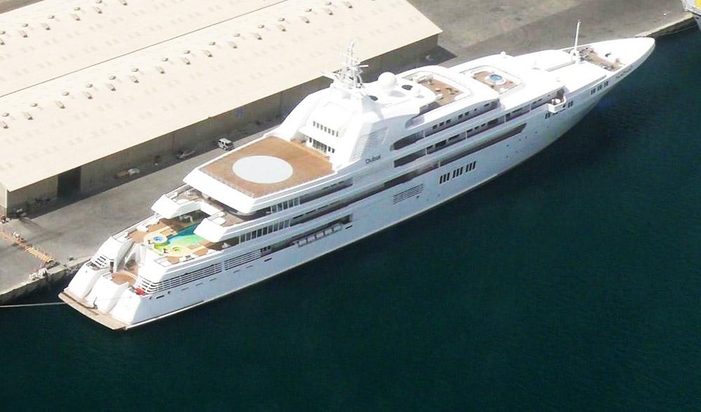 d1c4145bd Atualmente é de propriedade do Sheik Mohammed bin Rashid al-Maktoum,  governante do Emirado de Dubai. Dizem que custou $300 milhões. O ...