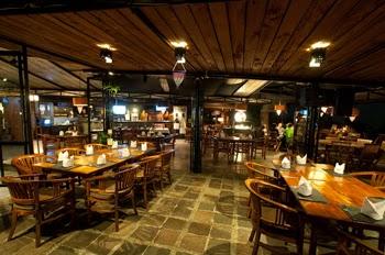 Daftar Tempat Makan Romantis di Bandung yang Bisa Dijadikan Pilihan