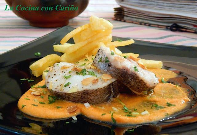 Merluza Con Salsa De Almendras Y Ñoras