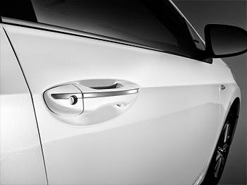 toyota altis 2015 toyota tan cang 7 - Toyota Corolla Altis 2014 - 2015: Đột phá ấn tượng - Muaxegiatot.vn