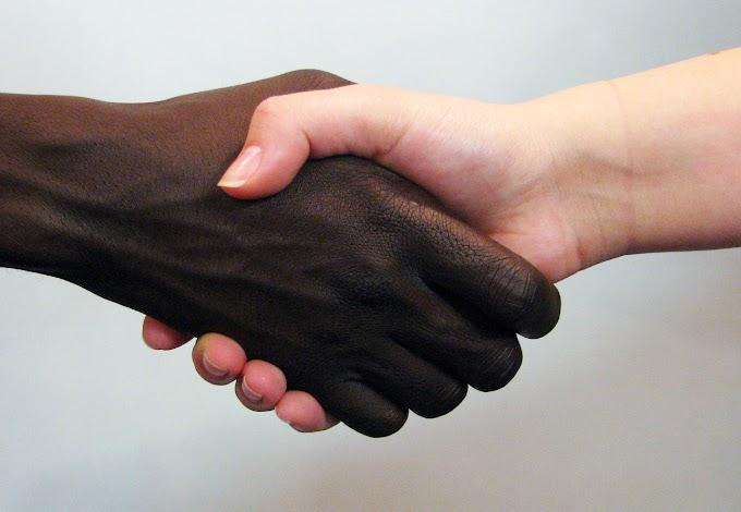 RACISMO NA INTERNET COM OS DIAS CONTATOS