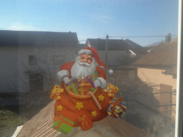 Merry Christmas and Happy holidays! / Čestit Božić i sretni blagdani!