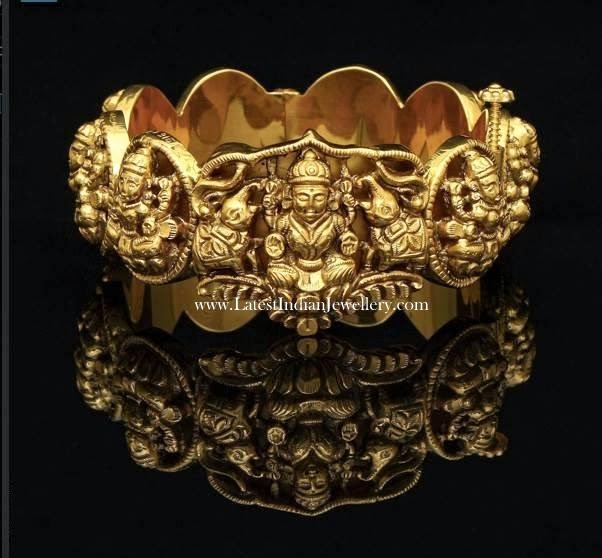 Hand Carved Nagas Gold Kada
