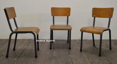 Ancienne chaise d'école