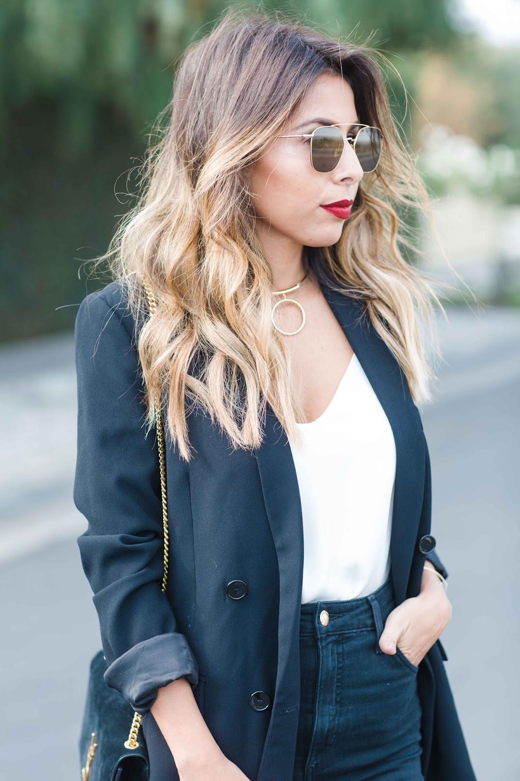 how to wear oversized blazer, blazer outfit, what do I need in my closet, oversized blazer and jeans