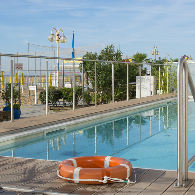 When do you book your summer holiday? | Hotel Vidi Miramare near Venice is now taking bookings for summer 2017 - swimming pool