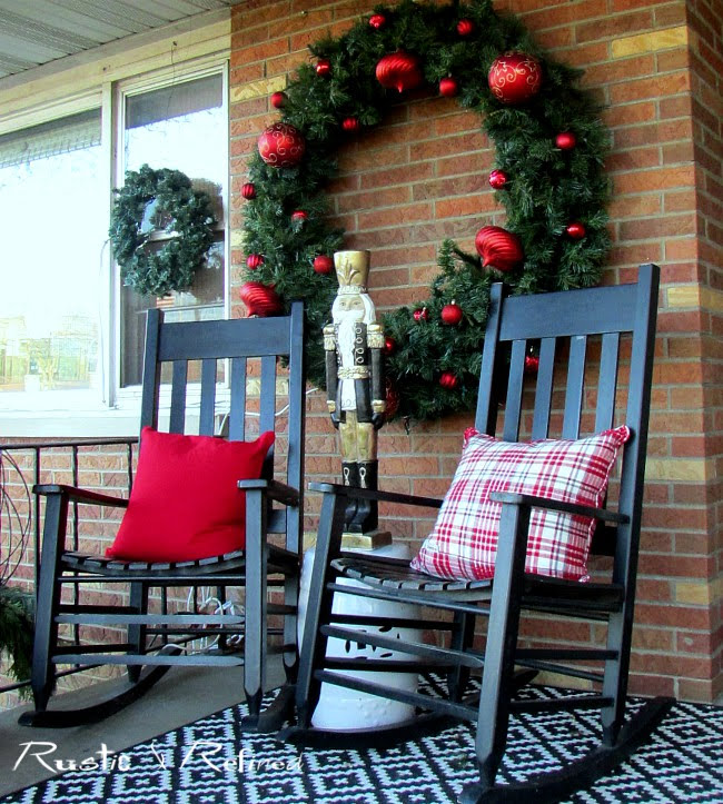 Christmas Porch Decorating
