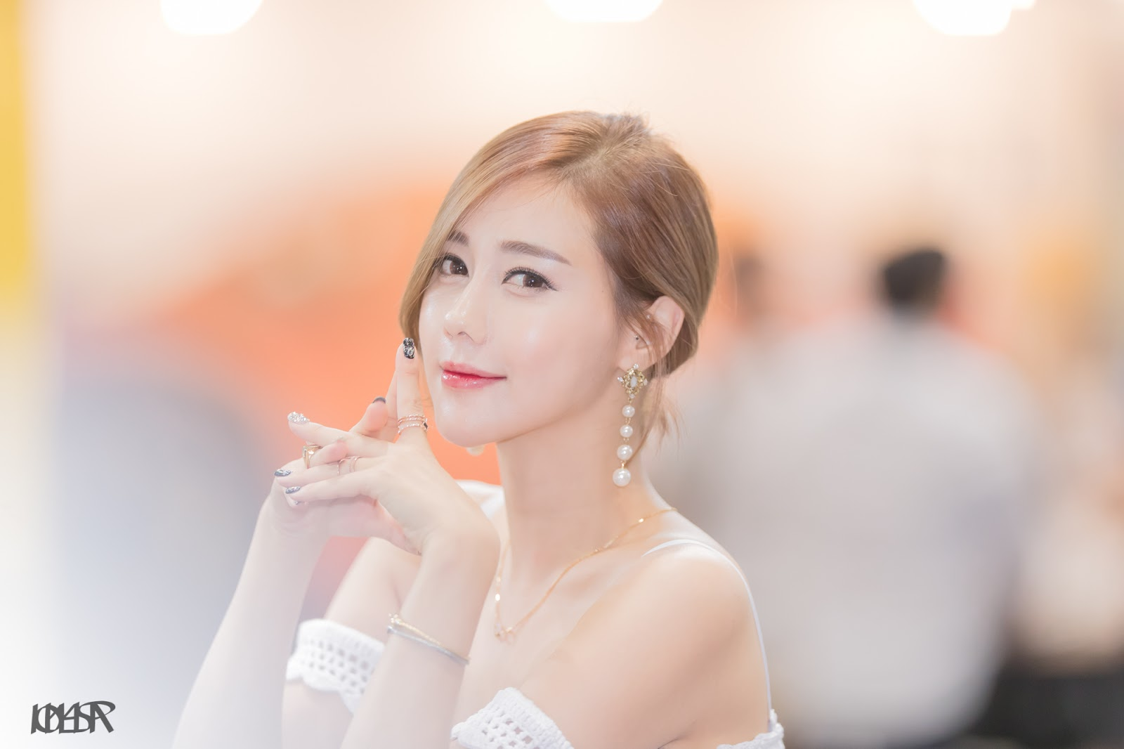 Model Salon 2017 : Korean model kim ha yul in seoul auto salon asian