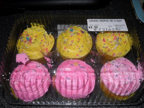The Mrs Yoy Blog Publix Cupcakes Collateral Damage