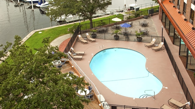 The DoubleTree by Hilton in New Bern was closed on our trip and has continued to be closed a lot this summer.