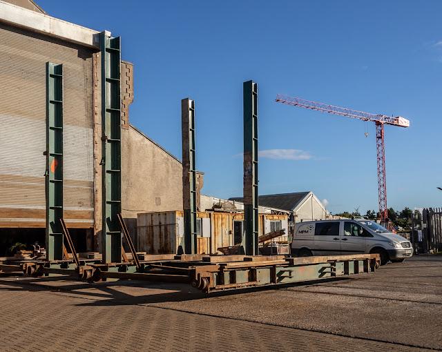 Photo of the MPM boat hoist