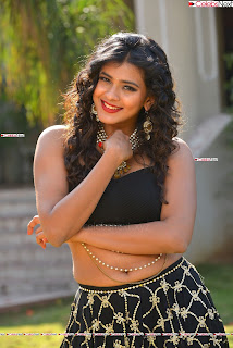 Hebah Patel in Spicy Black Choli and Ghagra HD Pics  036.jpg