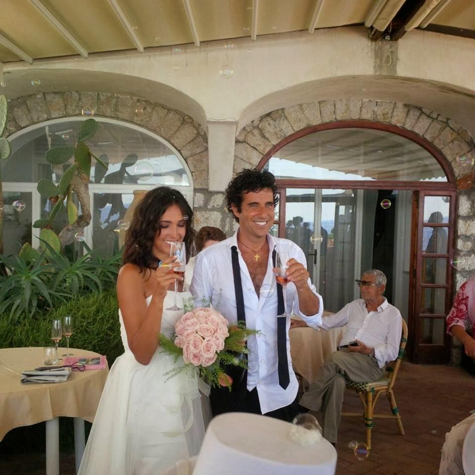 matrimonio Balivo: brindisi e bolle di sapone