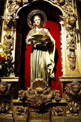 Santa Marta. Imagen titular de la hermandad de Santa Marta y de la Sagrada Cena. León. Foto G. Márquez.