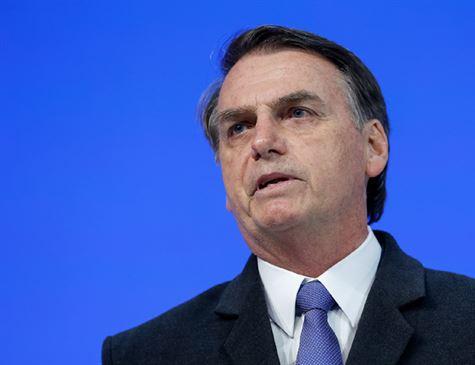 Bolsonaro diz que acredita em Flávio e que 'usam garoto para tentar me atingir'