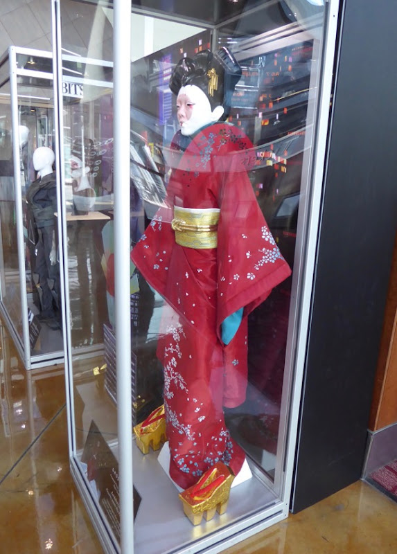 Ghost in the Shell Red Robed Geisha film costume